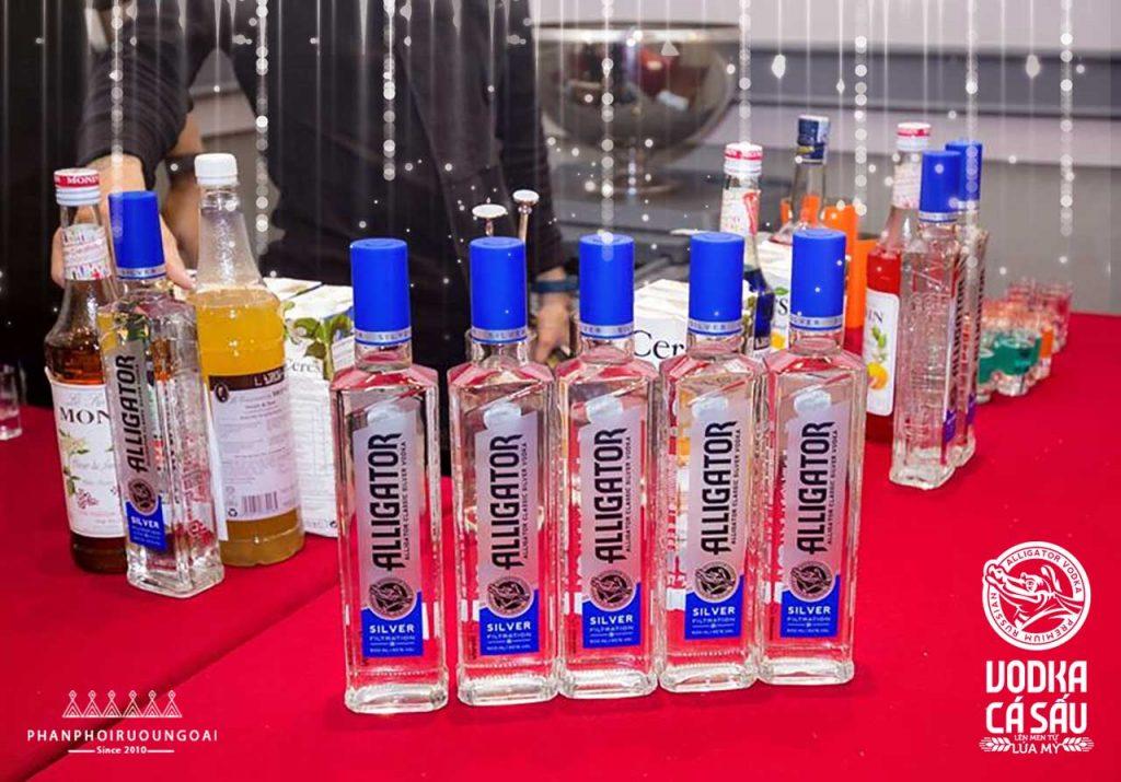Rượu Vodka Cá Sấu Xanh cũng được dùng làm nền để tạo ra các ly cocktail tuyệt hảo